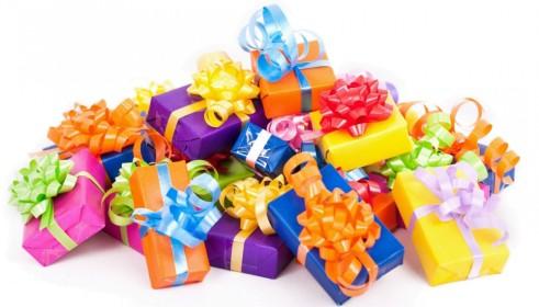 tas-de-cadeaux-e1448532246175